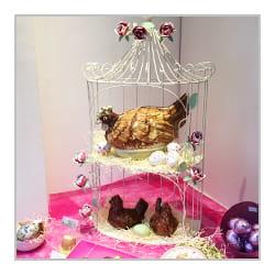 Poule en chocolat de Pâques.