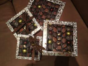 Des boites de chocolats chez Le Pralin.