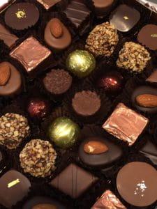 Boite de chocolats fins.
