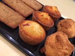 Des pâtisseries à emporter au salon de thé Le Pralin d'Antibes.