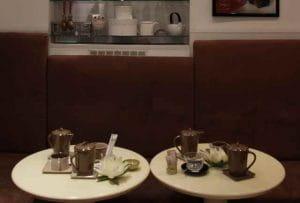 L'intérieur du salon de thé Le Pralin.