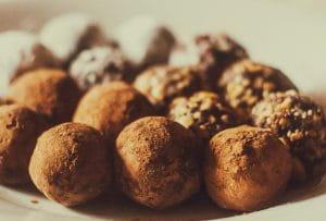 Truffes posées sur un plat