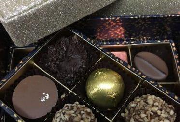Boite de chocolats spécialement créée pour Noël.